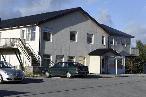 Leiligheter: Innhavet forretningsbygg får nye leiligheter i første etasje etter vedtak i plan- og ressursutvalget. Foto: Øyvind A. Olsen
