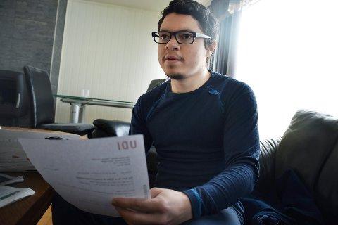 Mauricio Tabora venter nå på svar fra UDI.