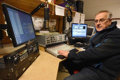 Usikker: Daglig leder Jan S. Isaksen er usikker på hvordan framtiden til Radio Nord-Salten vil bli. Mye kanbli avklart i løpet av de neste ukene.
