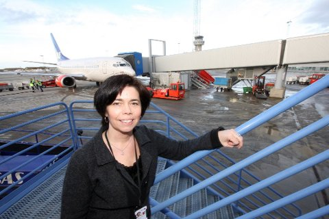 Lufthavnsjef ved Bodø lufthavn, Inger-Hilde Tobiassen, sier at de er klare til å ønske speiderne velkommen til Bodø.