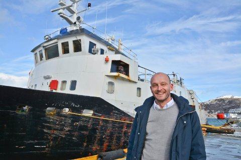 """Stopp: Samferdselssjef  Odd Steinar Åfar Viseth tok selv en tur med """"Fjordlast II"""" våren 2017. Nå har han suspendert denne muligheten i påvente av svar fra Sjøfartsdirektoratet."""