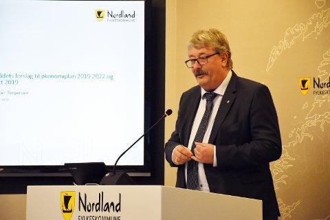 Fylkesråd for økonomi, Knut Petter Torgersen (Ap), la fram fylkesrådets forslag til budsjett for 2019 onsdag.