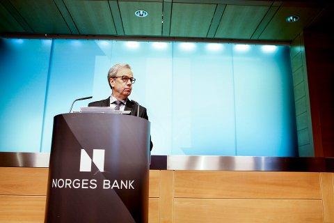 Sentralbanksjef Øystein Olsen kunngjorde Norges Banks hovedstyrets rentebeslutning torsdag. Foto: Erlend Dalhaug Daae / NTB scanpix