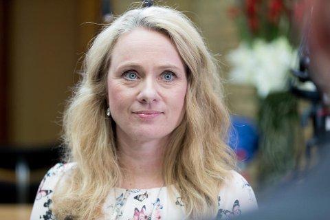 Arbeidsminister Anniken Hauglie skal nå inn i forhandlinger der offentlig ansatte kan få en helt annen pensjon.