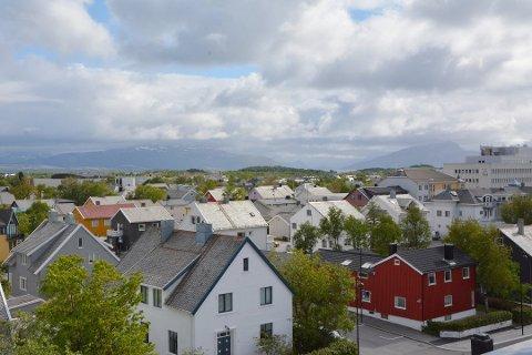 Boligprisene stiger for tredje måned på rad. Men i Bodø ble det solgt mange færre enhter sammenlignet med fjoråret og forrige måned.