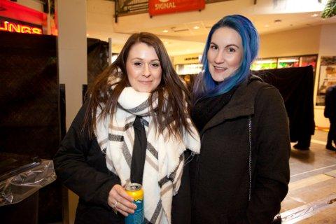 Lena Koch (til venstre) og Victoria Adelaide Bratbakk var to de som deltok på konsertmiddagen i Glasshuset. Begge foto: Jan Roger Olsen