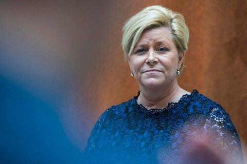 Finansminister Siv Jensen (Frp) skulle holde appell i Glasshuset lørdag 15. juni. Like før arrangementet måtte hun avlyse grunnet sykdom.