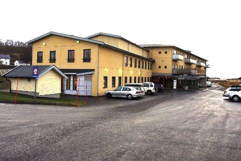 Hva er årsaken? Steigen Arbeiderparti vil vite årsaken til hvorfor så mange utskrivningsklare pasienter blir liggende på Nordlandssykehuset i stedet for å bli overført til Steigentunet i Leinesfjord. Foto: Øyvind A. Olsen
