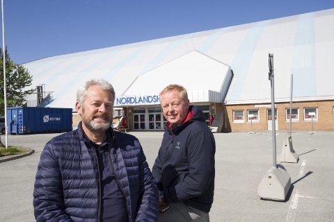 Nytt godt år: Daglig leder Steinar Bang Hansen og avdelingsleder Tor-Ove Falch er fornøyd med driften av de viktige anleggene på Stormyra.