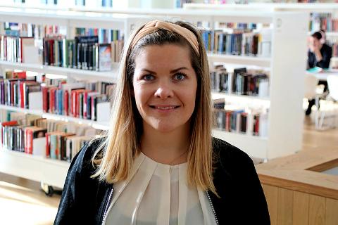 Fylkesråd for kultur, miljø og folkehelse, Aase Refsnes, er fornøyd med at Nord universitet starter opp en egen grunnskolelæring i lule- og sørsamisk.
