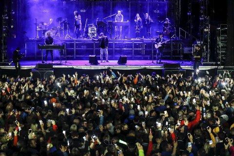 Avsluttet: a-ha fikk stående applaus fra tusenvis av publikummere da de avsluttet  Parkenfestivalen i 2017 med et langt sett på hovedscenen. De avsluttet, nær sagt selvfølgelig, med «Take on Me». ALLE FOTO: Bjørn Erik Olsen