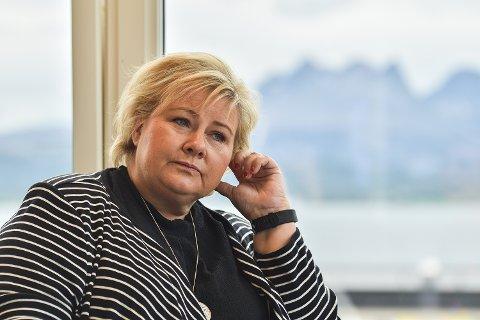 Erna Solberg på åpningen av Mørkvedlia Studentpark.