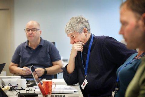 Styremøte i Nordlandssykehuset. Fra venstre, styreleder Odd Roger Enoksen, adm.dir Paul Martin Strand og Benjamin Storm, ansattrepresentant.