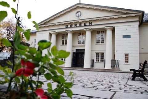 Privatpersoner investerer i for få aksjer på Oslo Børs.  Foto: Erik Johansen / NTB scanpix