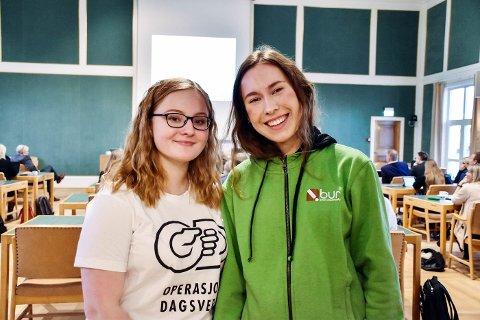 Emma-Katrin Vanderloock Kleven i Unge Stormen og Nicole Natalie V. Furnes i Bodø Ungdomsråd talte til politikerne i bystyret torsdag.