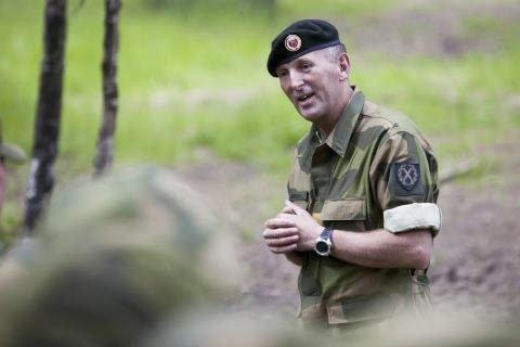 Forsvarssjefen har lagt fram fire alternativer for framtidens forsvar. I alle styrkes FOH på Reitan, sier FOH-sjef, generalløytnant Rune Jakobsen.