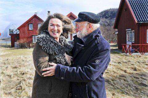 Fjerde gang: Karl Erik Harr beskriver seg selv som en lykkelig mann i sitt ekteskap med sin Aud.