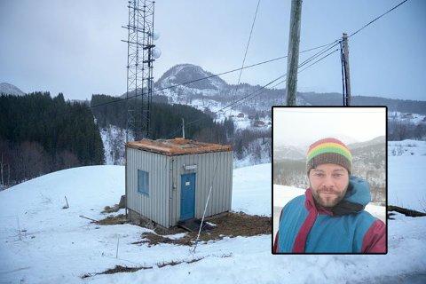 Småbarnsfaren Ivan André Abelsen (35) skildrer heftige værforhold på Kvarv i Sørfold.