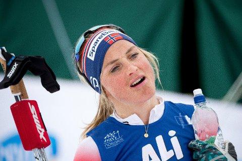 IKKE PÅ NRK: Therese Johaug og de andre skistjernene blir å se på en annen kanal fra 2021. Foto: Terje Pedersen (NTB scanpix)