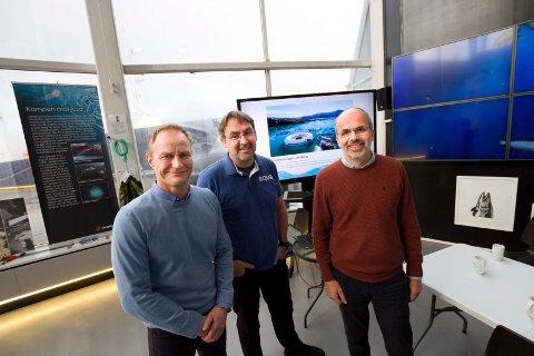 Wenberg Fiskeoppdrett ved Geir Wenberg (t.v.)går sammen med Edelfarm og søker utviklingskonsesjoner. Teknologien leveres av Technip FMC ved manager i OceanTech Idar Lindanger (t.h) og Bio Vivo Technologies ved FOU-ansvarlig Kjetil Korsnes.
