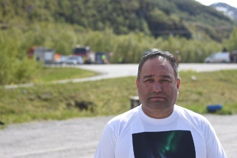 Diyal Singh driver Skaugvoll kro og camping i Gildeskål. Han var først på ulykkesstedet fredag.