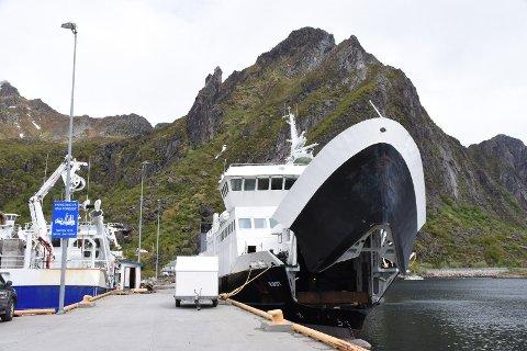 MS Røst ligger på verftet Lofoten Sveiseindustri og reparereres etter ulykken 17. mai.
