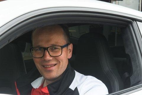 Johnny Stensen er daglig leder i Porsche Senter Tromsø.