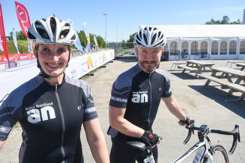 Bente og Geir Magne Haukås rett før start.