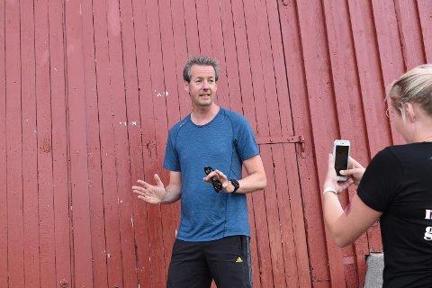 André Wallan Larsen, direktør for Nordland Musikkfestuke, er klar for tur på låven.