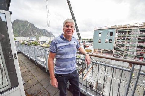 Ikke flyskam: Administrerende direktør Ruben Jensen i NESO mener det ikke er alternativer til å fly, og blir irritert av flyskam-begrepet. Jensen leder den største organisasjonen for byggebransjen i Nord-Norge. Foto: Øystein Ingebrigtsen