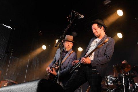 Violet Road spilte tirsdag kveld på torget i Bodø