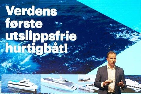 Fylkesrådsleder Tomas Norvoll vil satse på  utslippsfrie hurtigbåter.