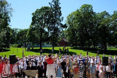 Korbonanza: Bodø sentrum skal fylles med korsang på lørdag.