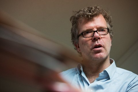 REFSER: Jon Hustad refser Høyre for å bruke tiden i regjering på å bygge opp det offentlige, fremfor det private. Foto: Alexander Winger (Mediehuset Nettavisen)