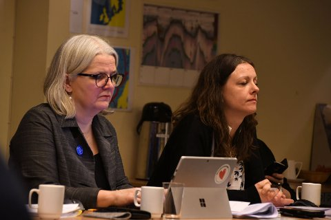 Skal avlaste: Varaordfører Elin Eidsvik (t.v.) får økt sin stilling en periode framover for å avlaste ordfører Britt Kristoffersen på grunn av merarbeidet kommunesammenslåingen medfører.