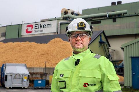 Verkssjef på Elkem, Ove Sørdahl, tar grep etter positiv koronatest på verket.