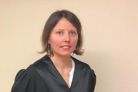 - ALVORLIG: – Politiet ser alvorlig på at voksne tar kontakt med barn og kommer med seksuelt krenkende uttalelser, sier aktor Ylva Helen Kvikstad.