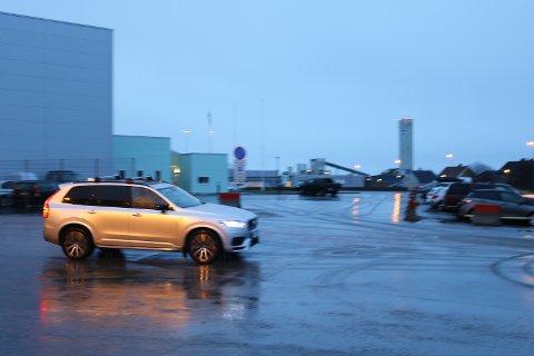 Denne bilen forlot Bodø lufthavn kort tid etter at privatflyet med Jens Petter Hauge ombord landet. Det vites ikke om gullhelten var i bilen.