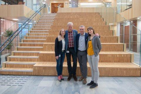 Kristine Engan Imingen, rådmann Rolf Kåre Jensen i Bodø kommune, rådmann Ole Petter Nybakk i Beiarn kommune og Elin Beate Johannessen er glade for den nye avtalen.