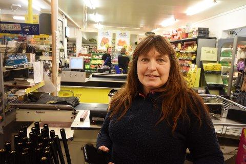 Framtidstro: Heidi Gylseth, driver av dagligvareforretningen i Bogen, har tro på en god utvikling på stedet. Det vil hun bidra til ved å bygge ny butikk.