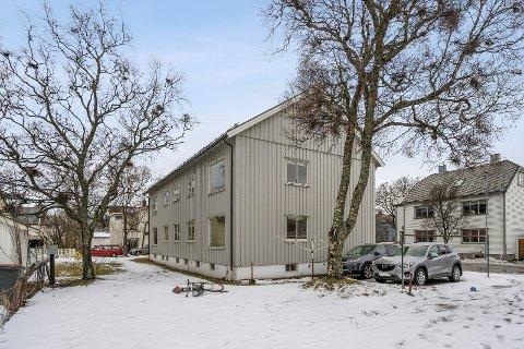 INTERESSE: Mange ønsker å se på det gamle leilighetsbygget som tilhører Nordlandssykehuset.