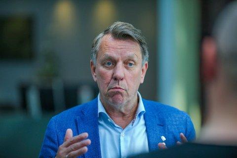 REAGERER: Gunnar Wilhelmsen reagerer på at Tromsø kommune ikke er invitert til møte i Bodø.