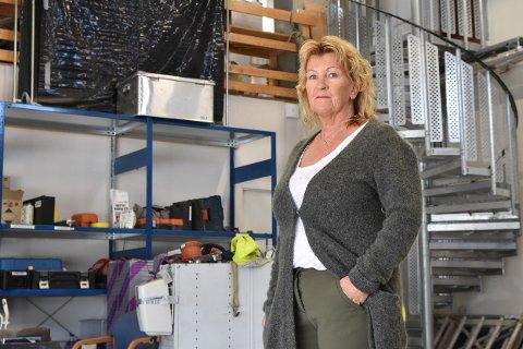 Berit Sivertsen ved Alstad Maskin frykter for maskinentreprenørenes fremtid.