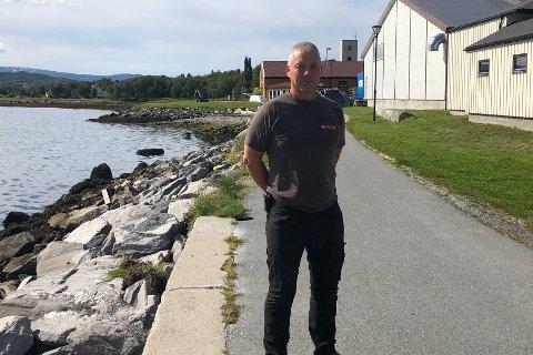 Stor usikkerhet: Jon Arne Karlsen (55) fikk fort noen negative tanker i hodet, og usikkerheten som oppstod gjorde ikke situasjonen noe lettere for han og de ti ansatte.
