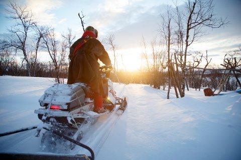 Flere hyttefolk kan nå få mulighet til å bruke snøscooter for å frakte bagasje og utstyr.