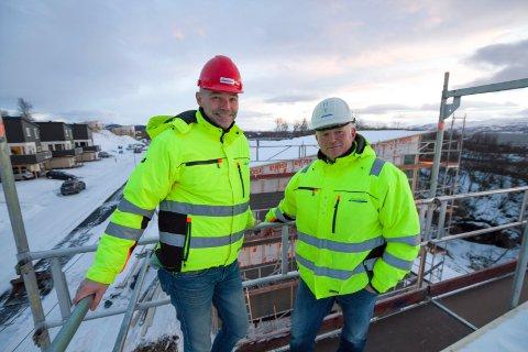Areal-Gruppen AS.  Daglig leder Brynjar Storvik og gründer Hans-Petter Fritzøe som bygde opp Byggmester Fritzøe AS. Bildet er tatt vinteren 2017.