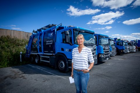 LUKTER: – Jeg forstår ikke hvorfor søppelbilene ikke parkeres på Bøler, sier Mariann Karlsen.