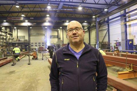 Daglig leder ved Finneid Sveis, Tor Kato Rugås, forteller at seks ansatte er satt i karantene etter en positiv koronatest. Foto:  Lars Antonsen - designia (arkiv)