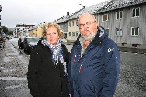 Pengefokus: Anita Karlsen og Viggo Albertsen i Utdanningsforbundet Nordland er bekymret for framtiden til videregående skoler i fylket og frykter at politikerne kun fokuserer på kostnader når de kutter i studietilbud.