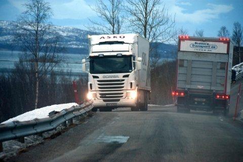 Ingenting: – Det er ikke midler til oppgradering av veien mellom Skjelvareid og Mortenstrand, ble det opplyst i kommunestyret i Steigen.